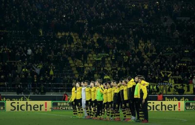Navijač umro na utakmici, igrači i stadion mu pjevali (VIDEO)