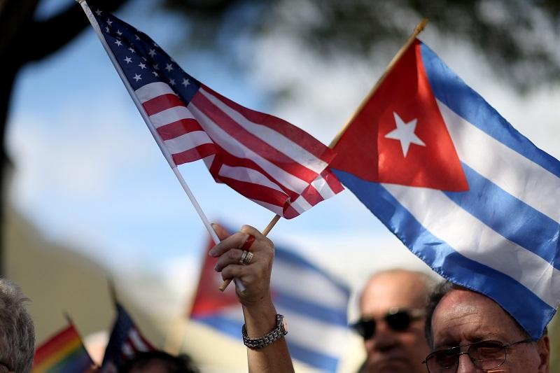 Obama u istorijskoj posjeti Kubi: Danas sastanak sa Kastrom