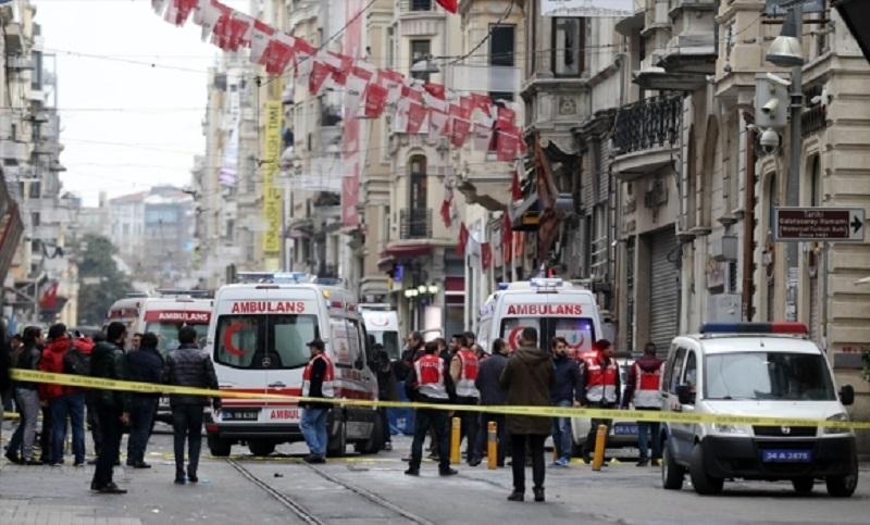 Četiri osobe poginule u samoubilačkom napadu u Istanbulu