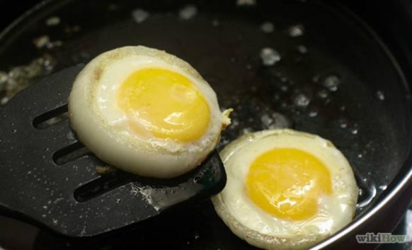 """Evo kako možete da razlikujete domaće od """"kupovnih jaja"""""""