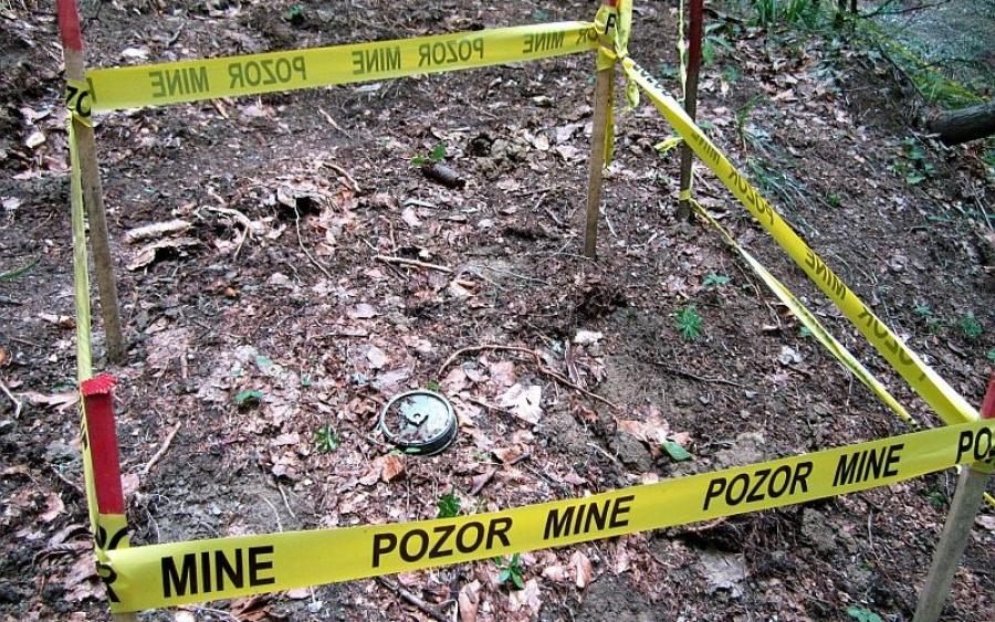 Deminer teško povrijeđen tokom čišćenja mina