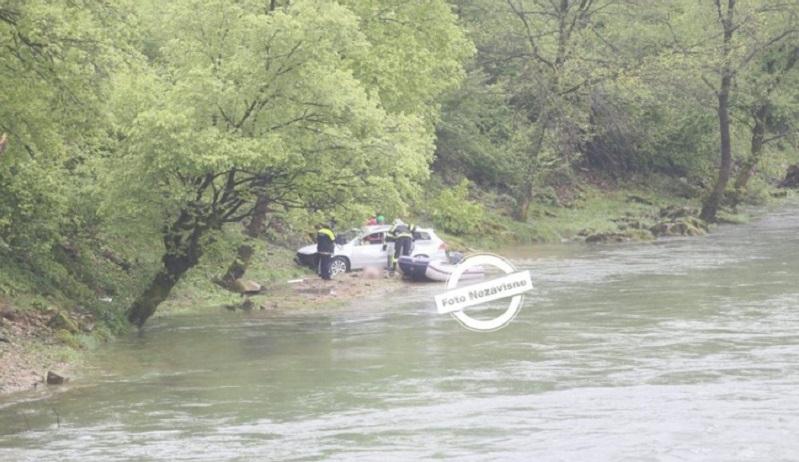 Karanovac: Pronađen automobil i tijelo djevojke
