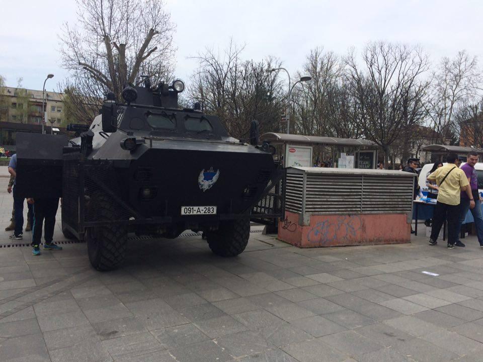 Policija se predstavila na Trgu Krajine (FOTO)