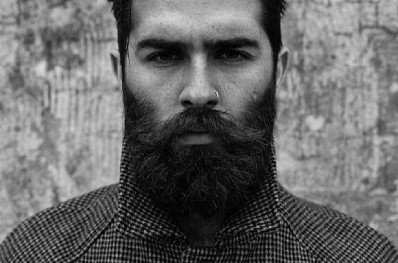 Zašto muškarci vole nositi bradu