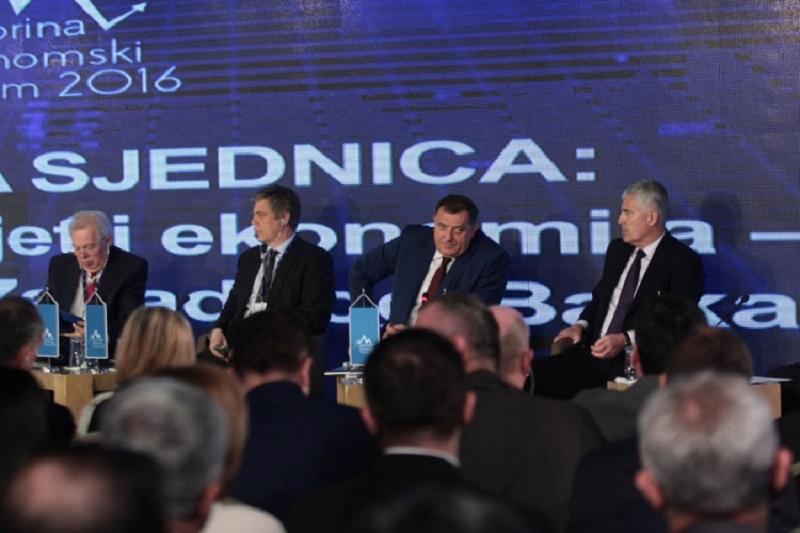Jahorina: Dodik se sastao sa studentima ekonomskih fakulteta u Banjaluci, Brčkom i Istočnom Sarajevu