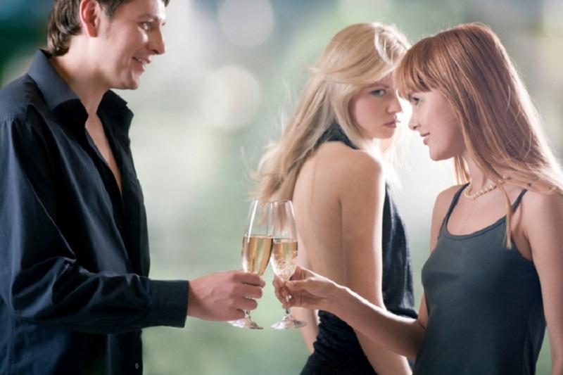 Ma nemoj: Žene namjerno podstiču ljubomoru