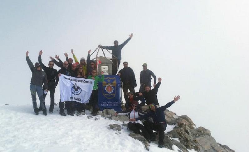 Banjalučki planinari se popeli na najviši vrh Balkana