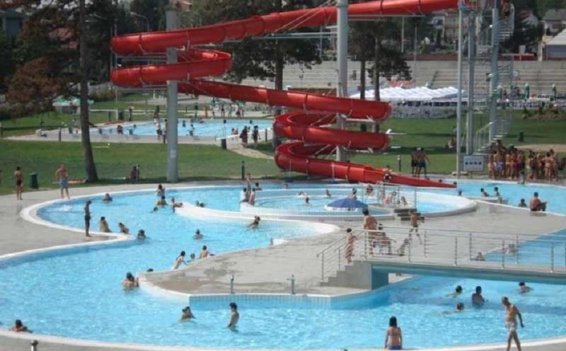 Sezona kupanja na Akvani počeće do 1. juna