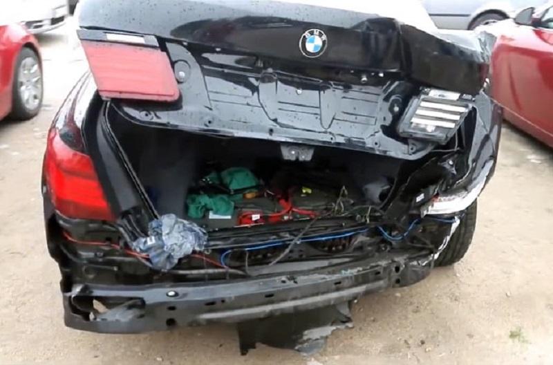 """SVE SE MOŽE POPRAVITI: Pogledajte kako je """"sređen"""" ovaj BMW Serije 7! (VIDEO)"""