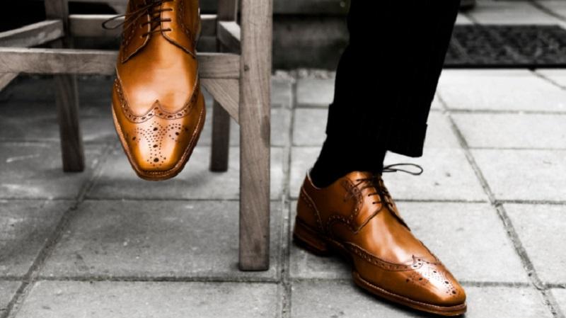 Novčanik, cipele, kaiš od ljudske kože
