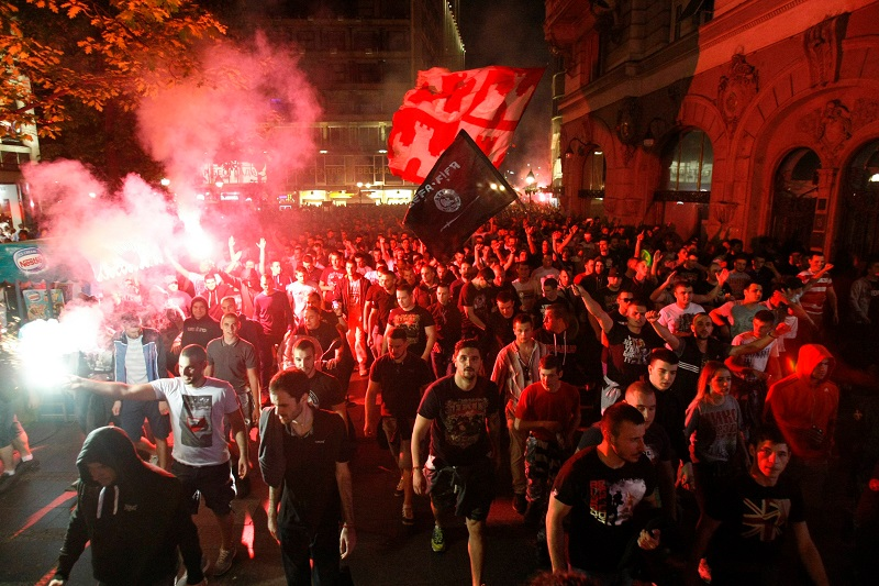 """Pogledajte kako su """"Delije"""" u centru Beograda proslavile Zvezdinu titulu (VIDEO)"""