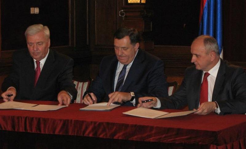"""Dodik, Đokić i Pavić nude """"mir"""" opoziciji"""
