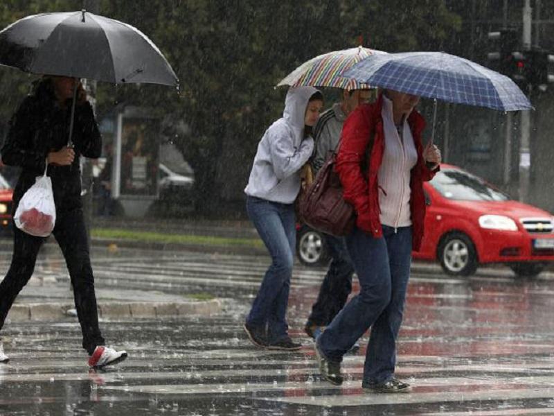 Kiša i snijeg paralizovali Sloveniju