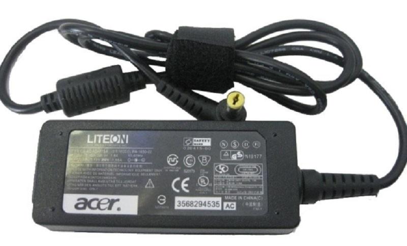 Znate li čemu služi mali cilindar na kablu punjača za laptop?
