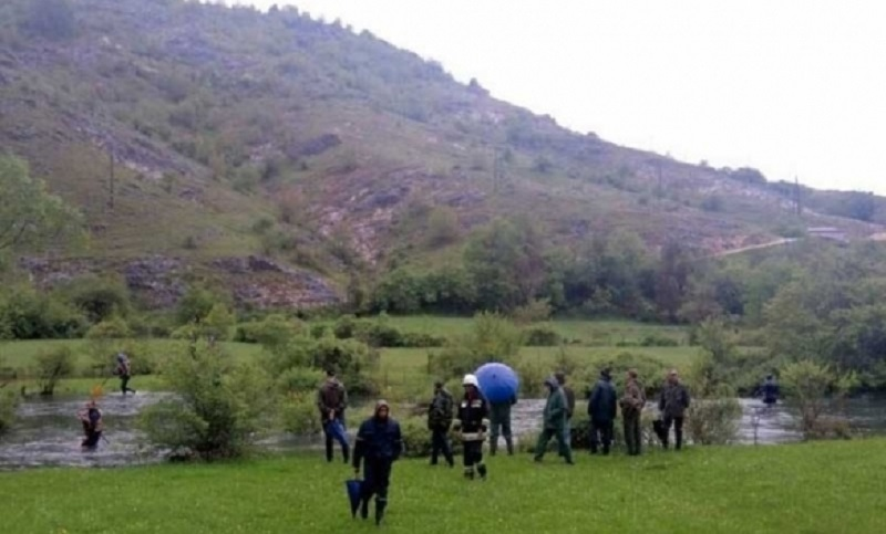 Trebinje: I jedinice za podršku traže nestalog Radivoja Guzinu