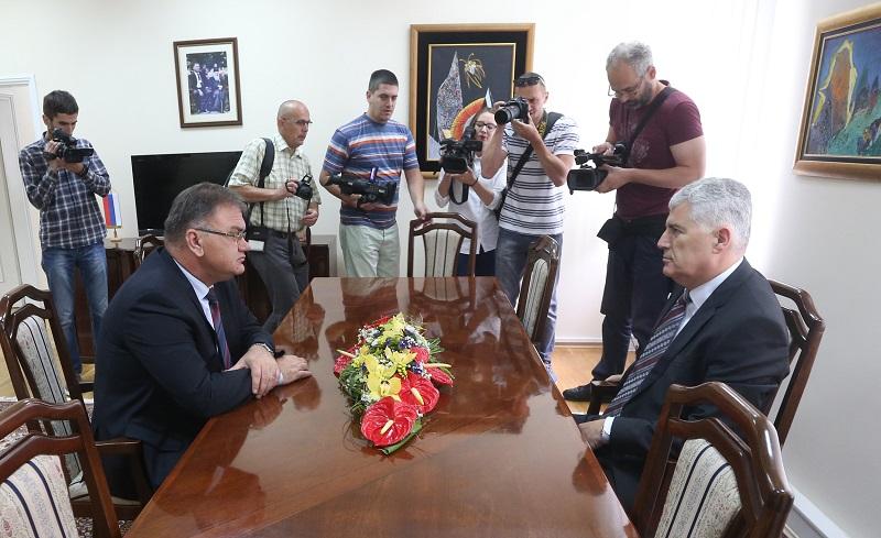 Ivanić i Čović razgovarali o SSP-u