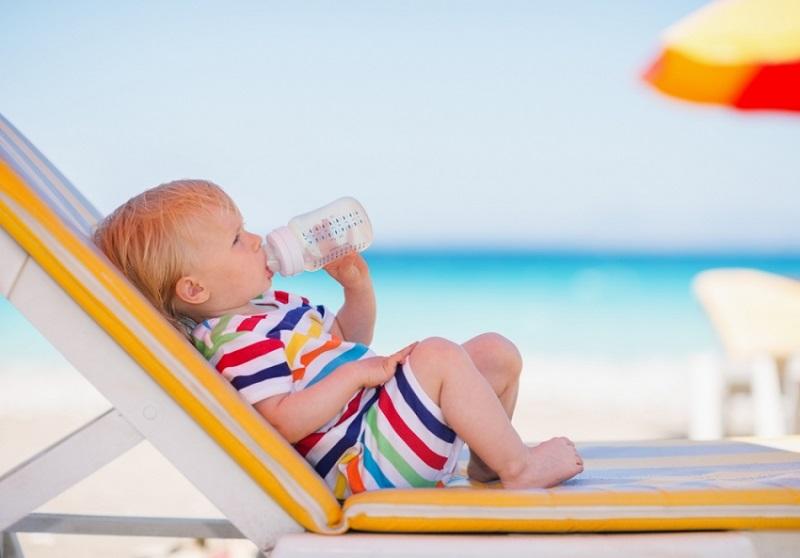 Kako obući bebu kada su vrućine