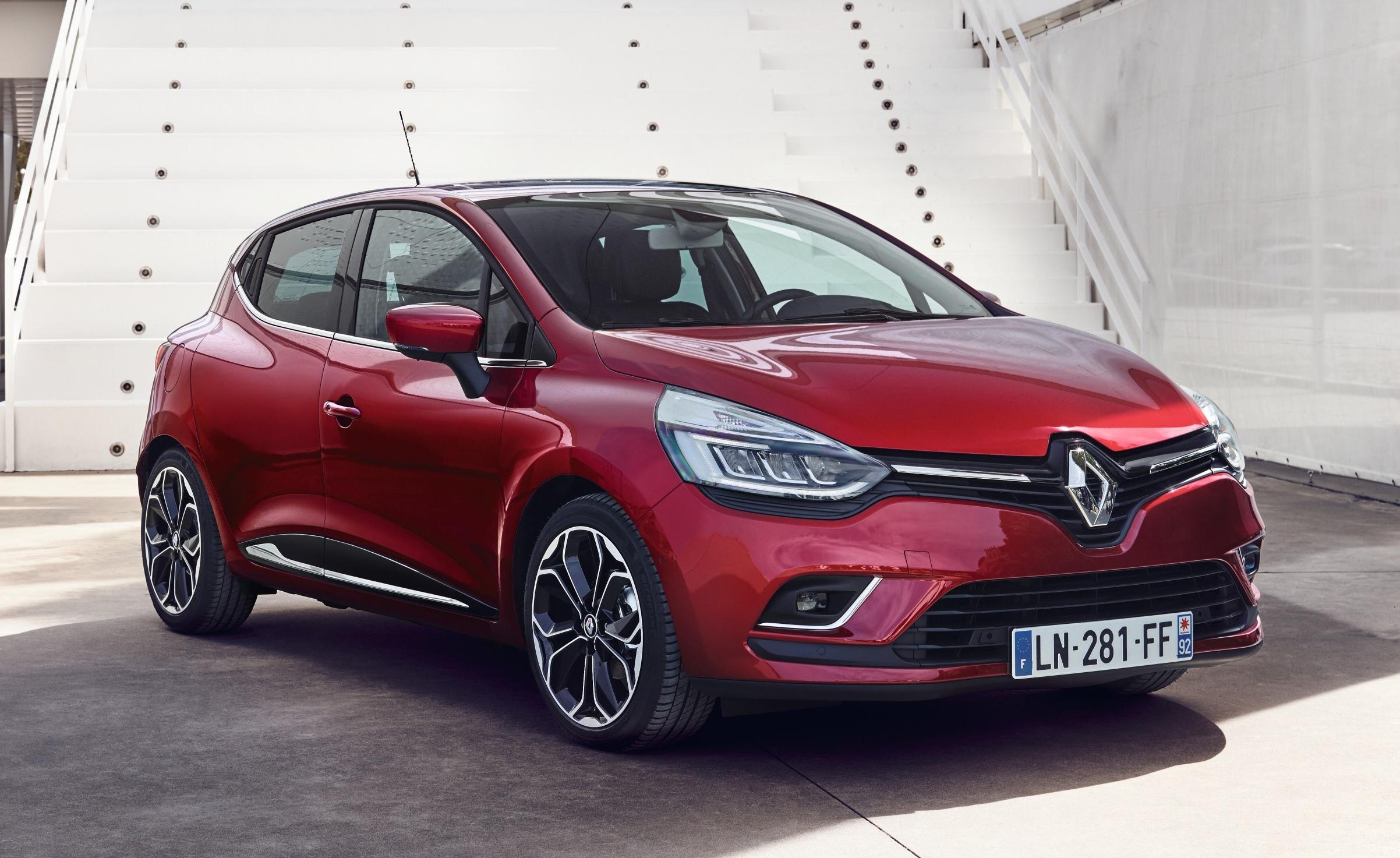 Renault Clio IV osvježen LED farovima, snažnijim dizelašem i korisnim 'gadgetima'