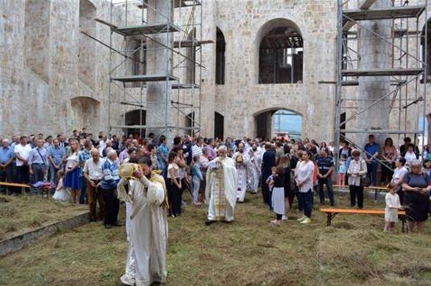 Mostar: Nakon 24 godine oglasila se zvona Saborne crkve