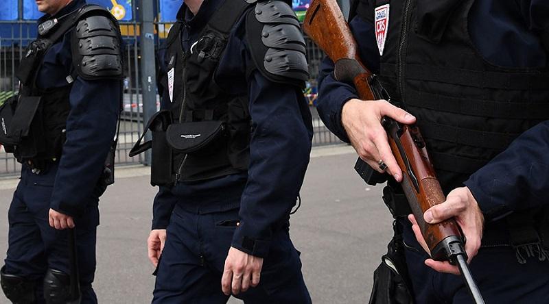 Francuska: Uhapšen muškarac koji je planirao napade na Ruse i Amerikance