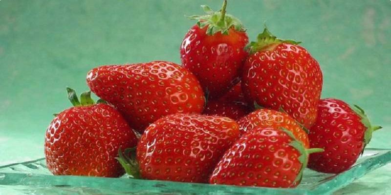 Koliko trešanja i jagoda zaista smijemo da pojedemo?