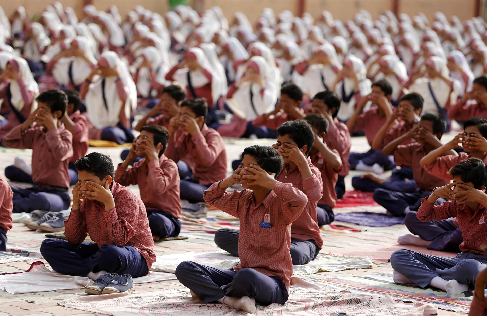 Indija: Više miliona ljudi obilježilo Međunarodni dan joge