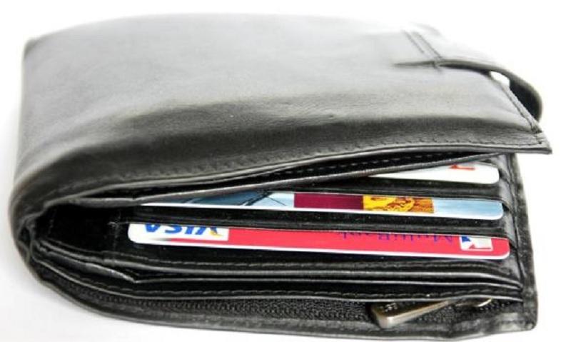 Maturanti pronašli i vratili novčanik u kojem je bilo 700 maraka