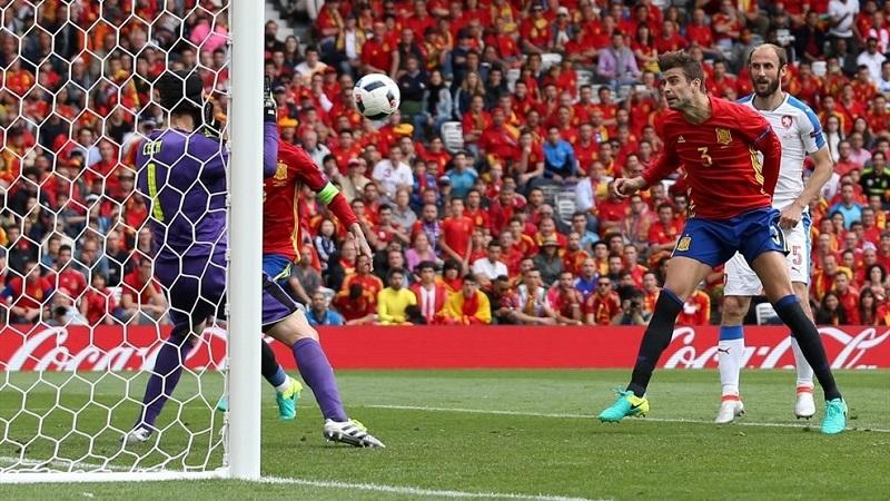 Španci u odbranu naslova krenuli pobjedom