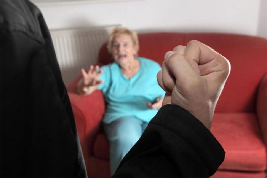 Porodično nasilje: istukao majku