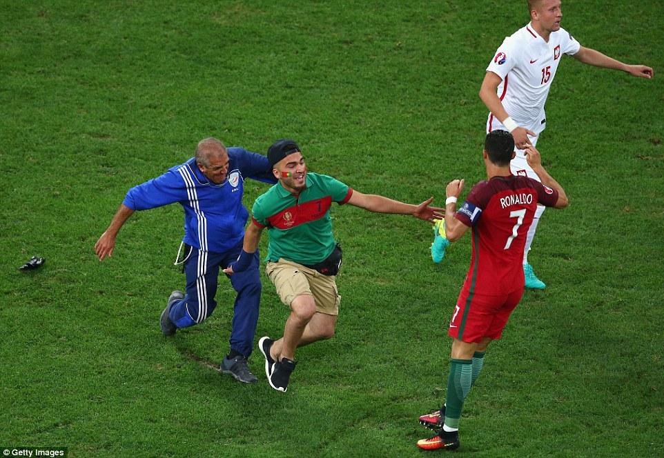Portugal zbog navijaca placa 7.000 evra 2