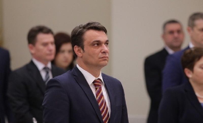 Ahmetović pokrenuo inicijativu za smjenu Igora Crnatka