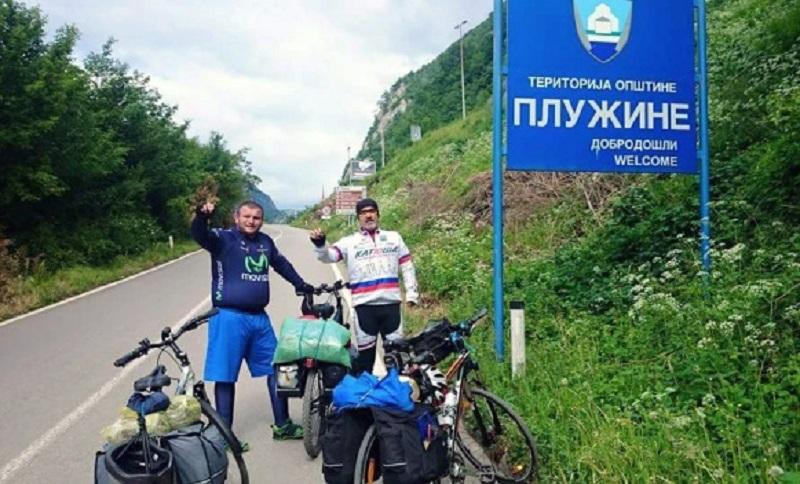 Biciklima iz Srpske do Moskve