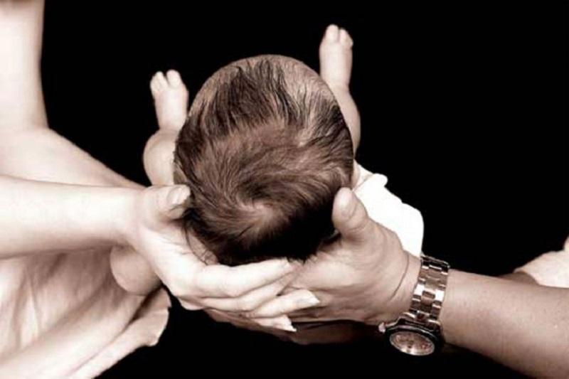 Muškarac iz BiH u Francuskoj pokušao prodati bebu za 4.000 evra