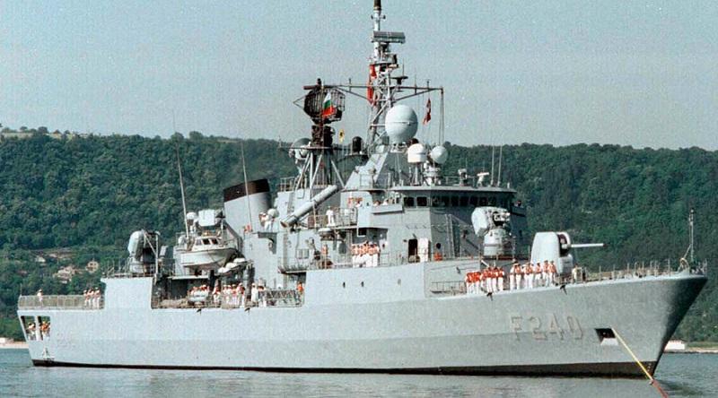 Turska: Pobunjenici oteli fregatu i komandanta flote