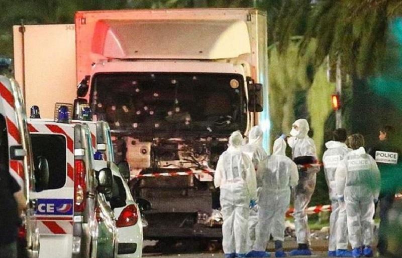 Svjedok napada u Nici: Stani, pod kamionom ti je djevojčica