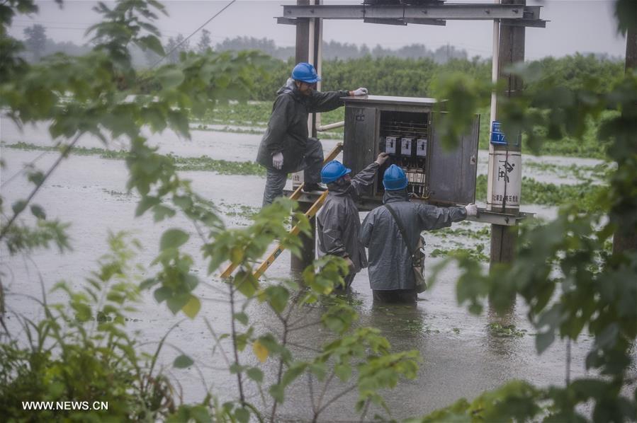 kina poplave 05