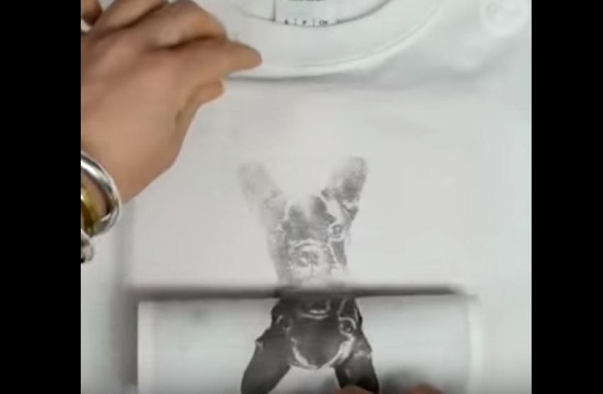 Majica sa printom po vašoj želji: Treba vam samo papir, aceton i 5 minuta vremena! (VIDEO)