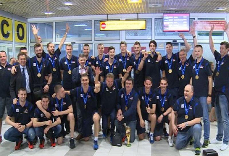 Srpski odbojkaški šampioni stigli u Beograd