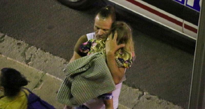 Stotinak ljudi skočilo u more tokom napada, izvučeni živi