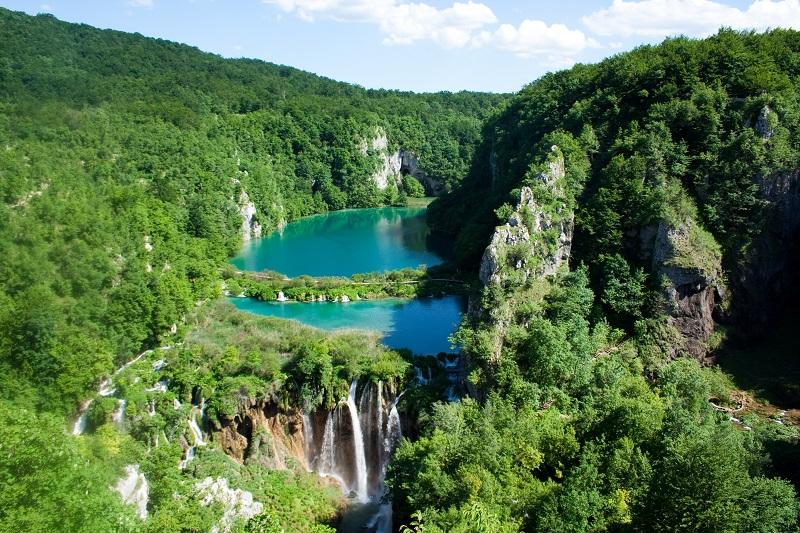 """Plitvička jezera: Turisti stradaju zbog selfija i """"japanki"""""""