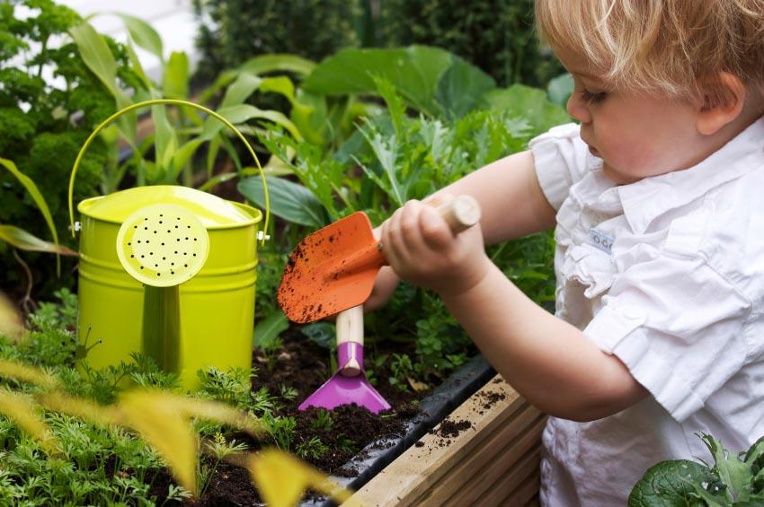 Šta sve djeca mogu sama da rade u vrtu