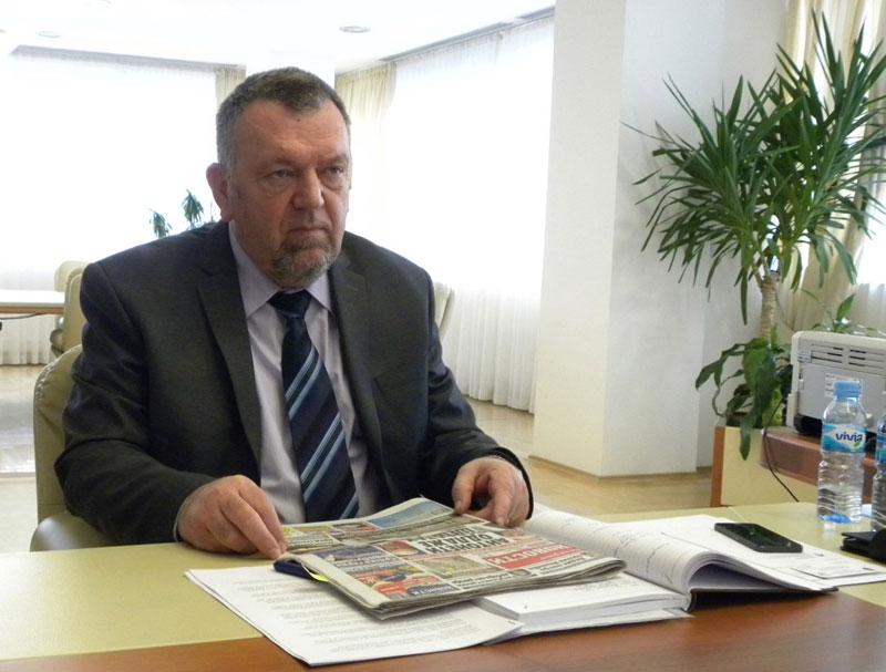 Ministar Trninić: Situacija u javnim preduzećima nije sjajna, ali rade