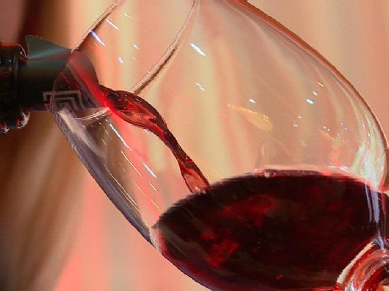 """Inženjeri razvili """"mikrovinariju"""" koja bez prestanka proizvodi vino"""