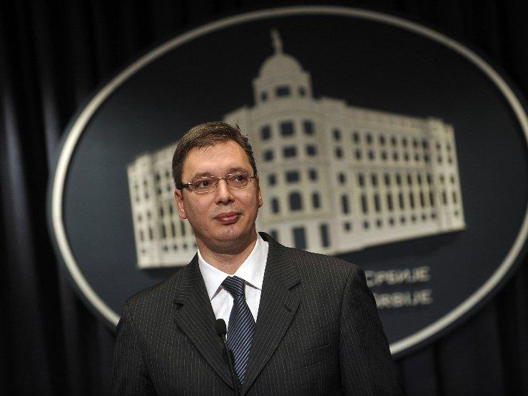Vučić miješa karte – Nov kabinet, stara lica