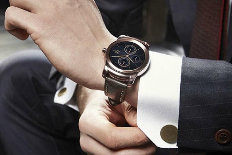 """""""Muški"""" pametni sat: Samsung predstavio Gear S3"""