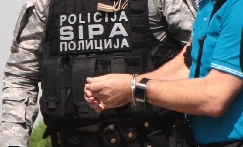 SIPA pretresla četiri lokacije: Na meti krijumčari automobila