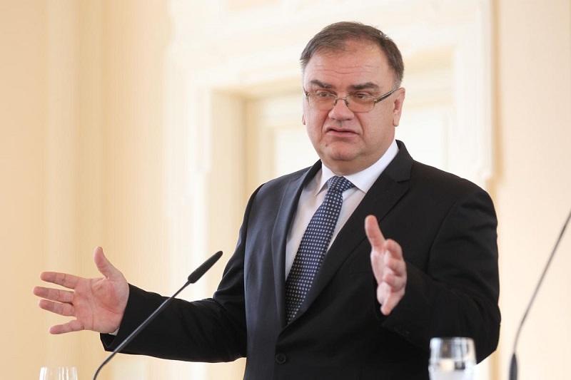 Ivanić: Izlazim na referendum