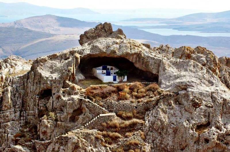 Mnogi smatraju da je ovo najljepša crkva u Grčkoj (FOTO)