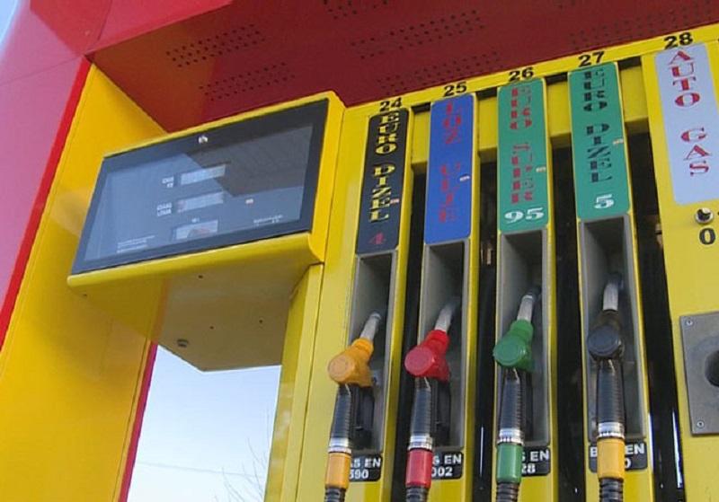 Cijena dizela na nekim pumpama niža od nabavne cijene u Rafineriji!