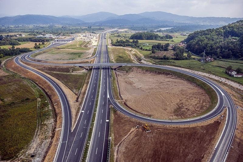 Pogledajte autoput Banjaluka-Doboj snimljen iz vazduha (VIDEO)